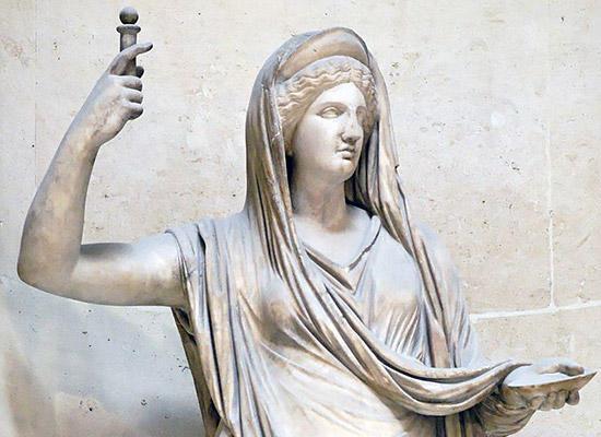 ヘーラー像(ルーヴル)